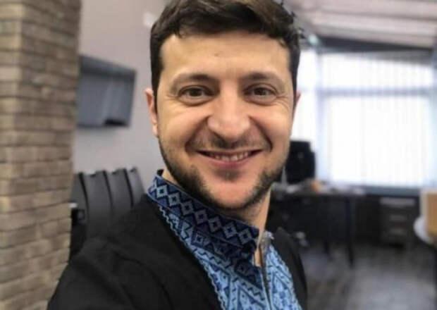 Дмитрий Корнейчук: Задача Зеленского — полностью дискредитировать пост президента Украины