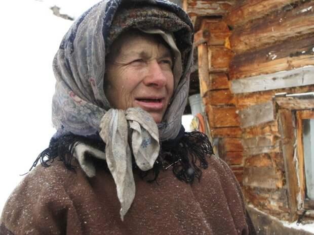 Агафья из семьи знаменитых отшельников Лыковых переедет в новую избу