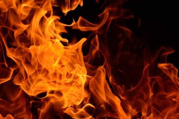 Двое мужчин погибли и один получил ожоги при пожаре в Ижевске