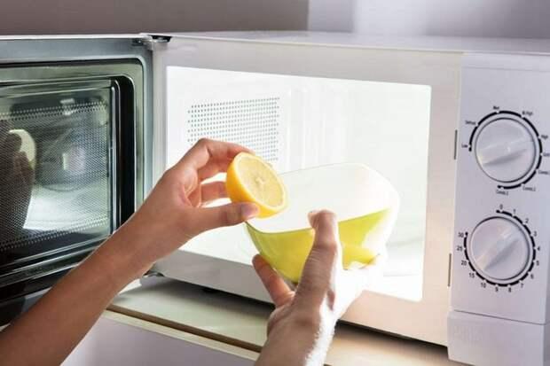 Применение лимона для очистки микроволновки