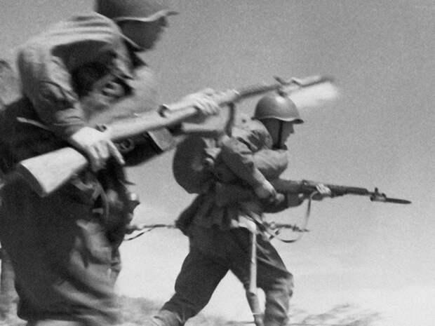 От революции к Великой Отечественной: винтовка Мосина сквозь десятилетия