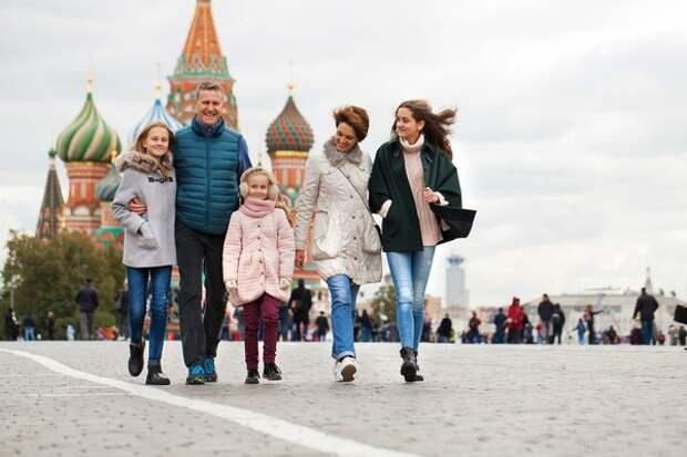 Голикова сказала, как быть с отмененными турами, а Попова предрекла осложнение ситуации с Covid