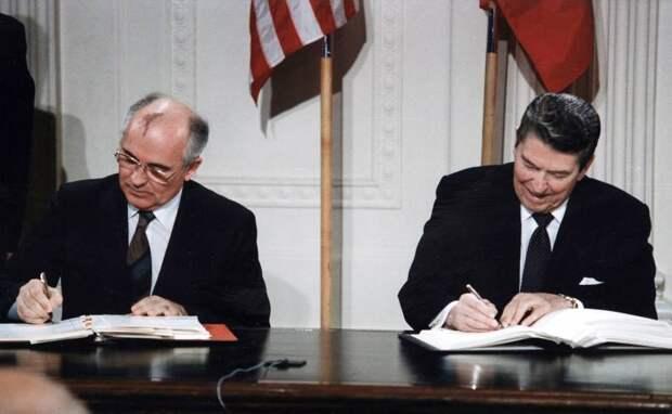 Безъядерная Россия: В 90-е было возможно и такое