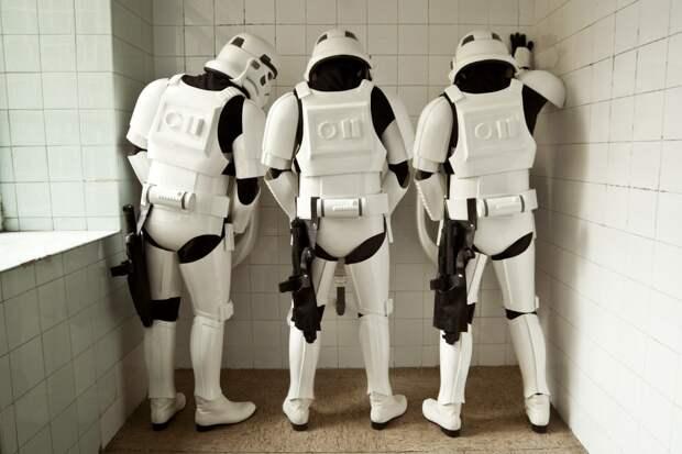 7 фото штурмовиков из «Звёздных войн» в обычной жизни