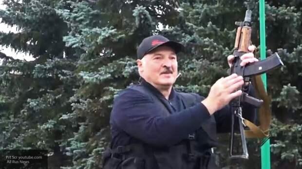 Оппозиционный блогер кричал «Отпусти меня!» на встрече с Лукашенко