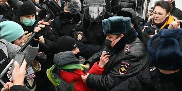 Попытка навальнистов «поиграть в Белоруссию» не удалась