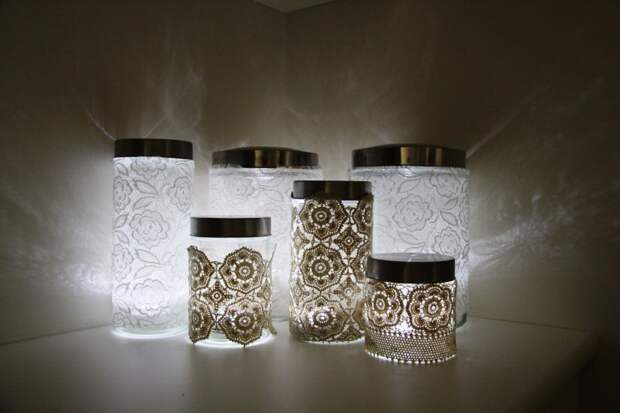 Необычные светильники из стеклянных банок