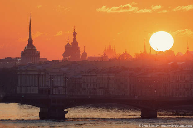10 Fascinating Views of Saint Petersburg