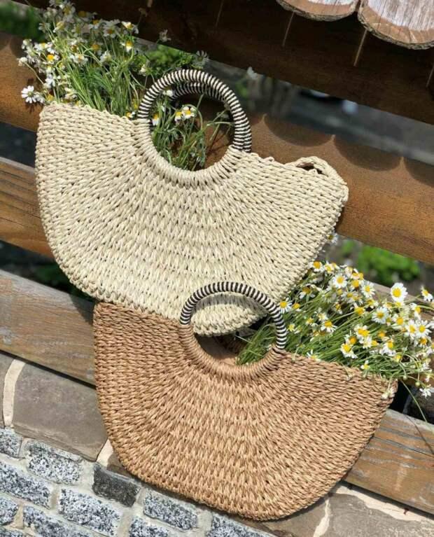 Плетенные модели — главные тренды сумок сезона весна-лето 2021