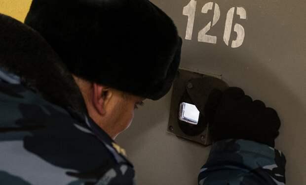 ФСИН против коронавируса. Что происходит в российских тюрьмах во время пандемии