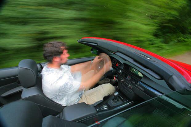 Машина дергается при разгоне: основные причины и что делать?