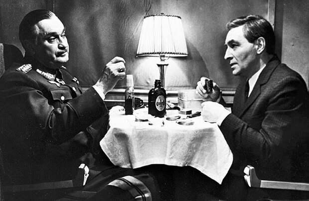 Почему советские разведчики оставались трезвыми, когда пили алкоголь