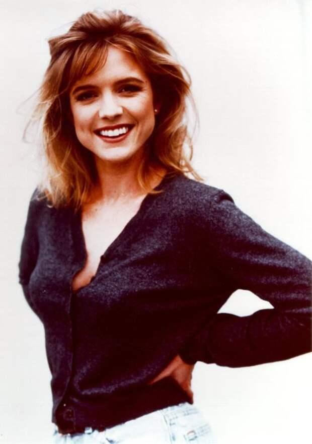 Красотка из 90-х Кортни Торн-Смит