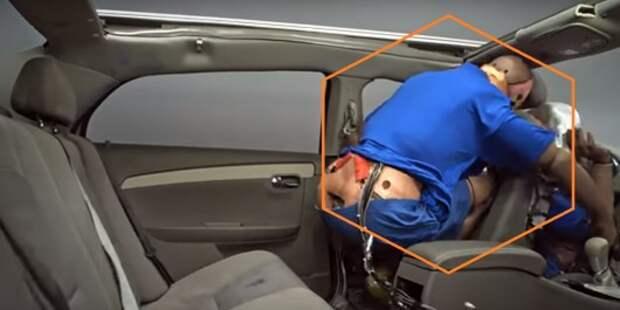 Вот почему все пассажиры должны пристегиваться в машине