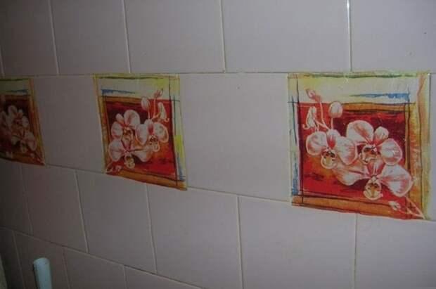 С помощью клея ПВА наклейте бумагу на плитку и сверху покройте слоем того же клея / Фото: remontbp.com