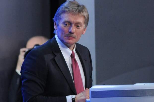 Песков сообщил, что Путина известили об идее Зеленского провести переговоры