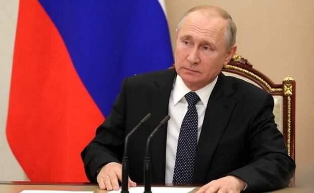 Дизайнер Шишкин рассказал о  взгляде Путина на моду