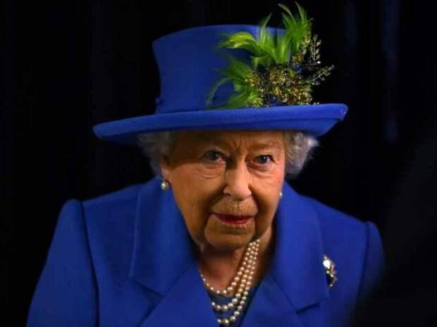Елизавета II вряд ли вернется к своим королевским обязанностям