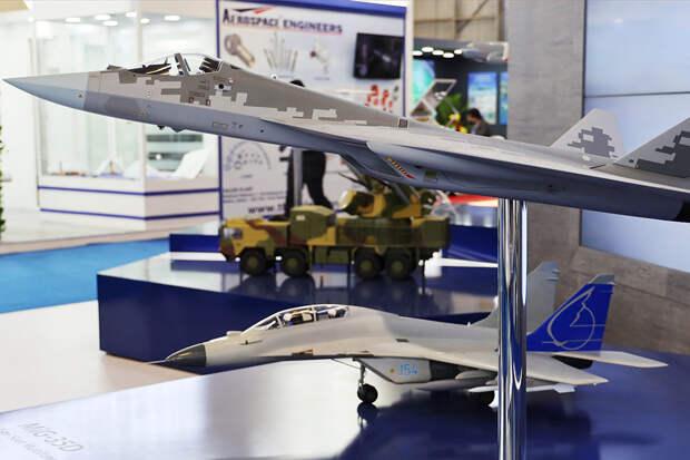 В Индии открылся военно-технический салон