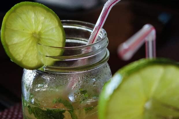 Как очистить организм: рецепты популярных детокс-напитков