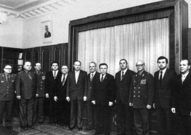 Военно-полевой роман Николая и Светланы Щёлоковых