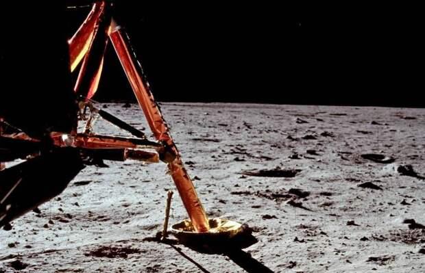 Россия и Китай намерены совместно реализовать проект лунной станции