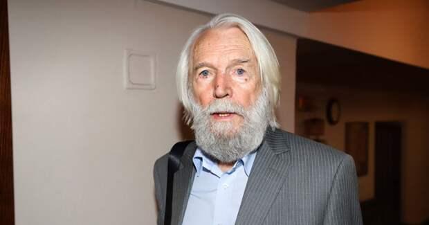 88-летний Станислав Любшин госпитализирован после спектакля