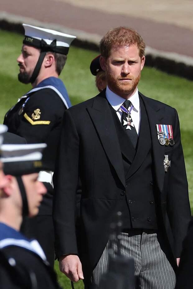 Побег от родственников: принц Гарри вернулся в США, не попрощавшись с отцом и братом
