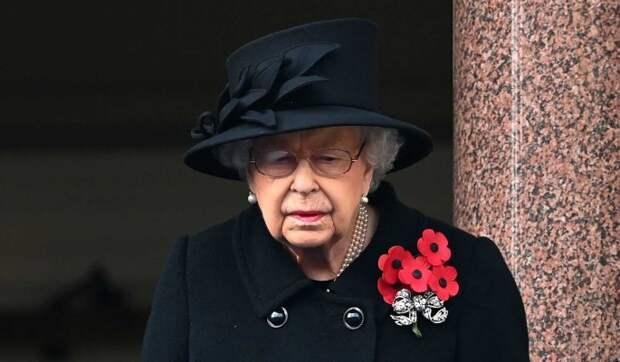 Здоровье Елизаветы II оказалось под угрозой