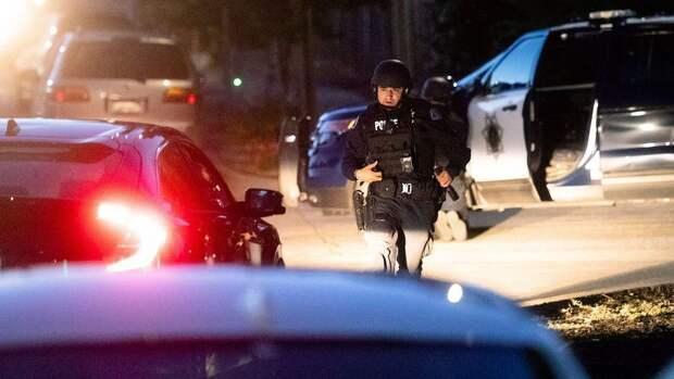 В США мужчина открыл стрельбу по полицейскому