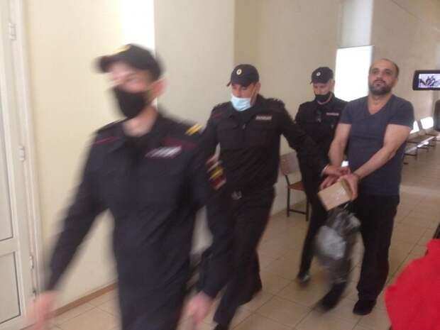 Шамсудинов осужден за убийство в баре «Бенефис» севастопольца Сытника