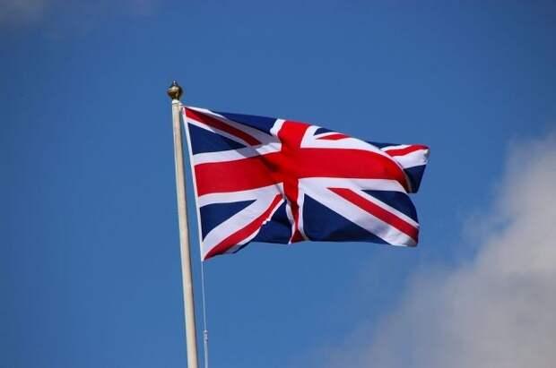 Постпред Крыма призвал внести Великобританию в список недружественных стран