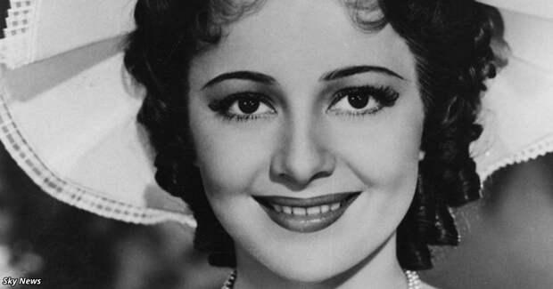 Она — последняя живая актриса из «Унесённых ветров». Вот как можно выглядеть в 102 года!