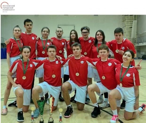Студенты из Ростокина стали чемпионами по алтимат фрисби
