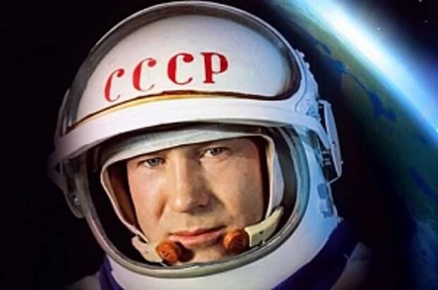 Первый в открытом космосе