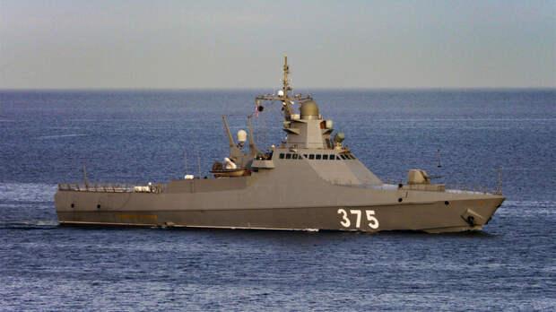 Военный эксперт предупредил о ядерном шантаже от США в Чёрном море