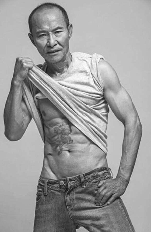 Возраст – не оправдание: 61-летний мужчина изменил свое тело так, что ему завидуют молодые