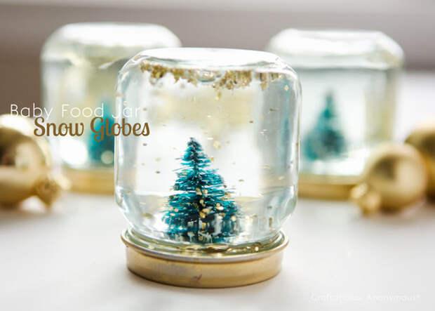 10. Такие снежные шары подарят праздничную атмосферу банка, идея, поделка