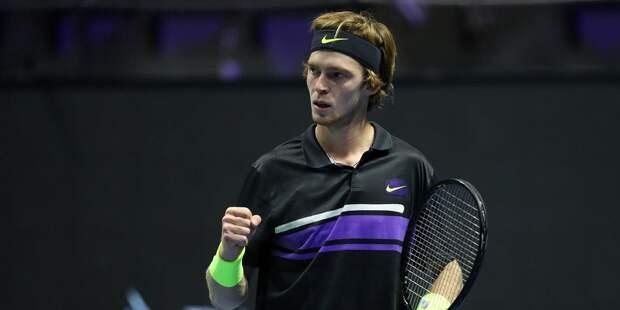 В полуфинале турнира в Майами выступит российский теннисист