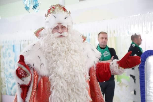 Дед Мороз из Великого Устюга познакомится с ребятами из социально-реабилитационного центра и семьей из Ижевска