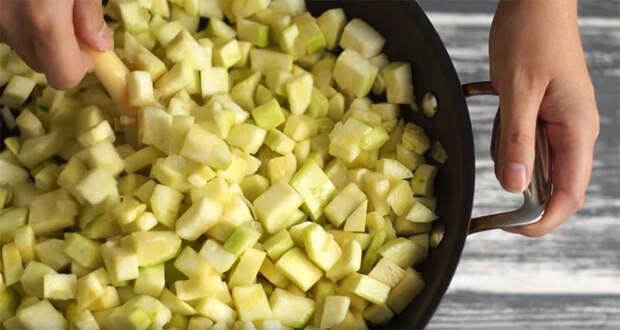 Крем-суп из кабачков с гренками — кулинарный хит этого лета