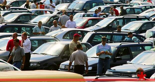 Рынок автомобилей в России не просто упал, а рухнул