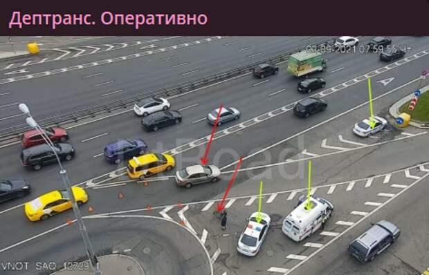 Съезд на дублер Ленинградского шоссе перекрыли из-за аварии