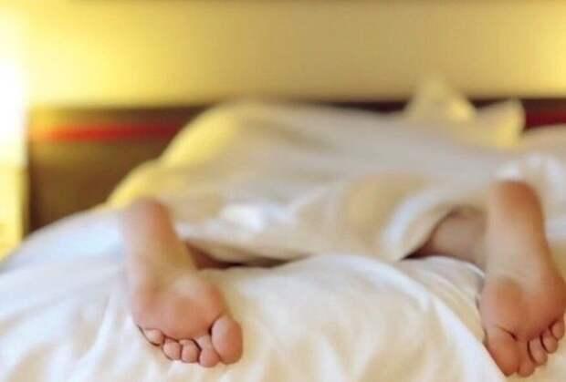 Долгий сон на выходных может компенсировать недосып в течении рабочей недели