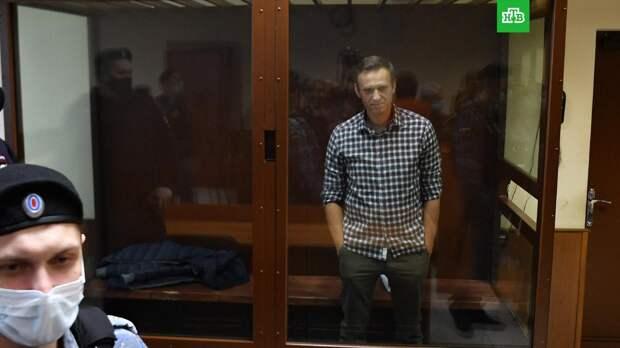 «Заело пластинку»: в МИД РФ ответили на решение ЕС ввести санкции из-за Навального