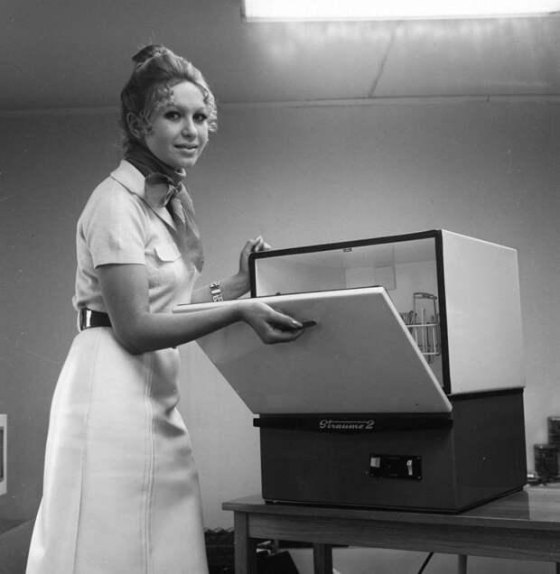 """Посудомоечная машина """"Страуме-2"""", 1972 год СССР, гаджет, история, стиралка, техника, факты"""