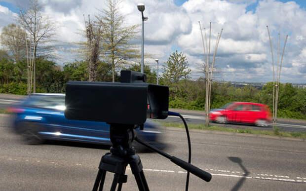 Открой капот — помоги ближнему: новый прием против дорожных камер