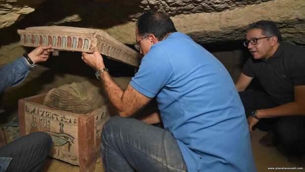 Склад саркофагов: в Египте обнаружили 80 гробов возрастом более 2000 лет