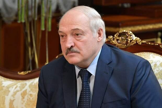 Стало известно, зачем Лукашенко лишил званий более 80 экс-силовиков