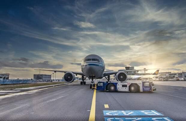 Россия закроет авиасообщение с Турцией 15 апреля